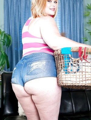 Shorts BBW Pictures