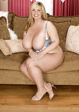 Mature BBW Pussy Pictures